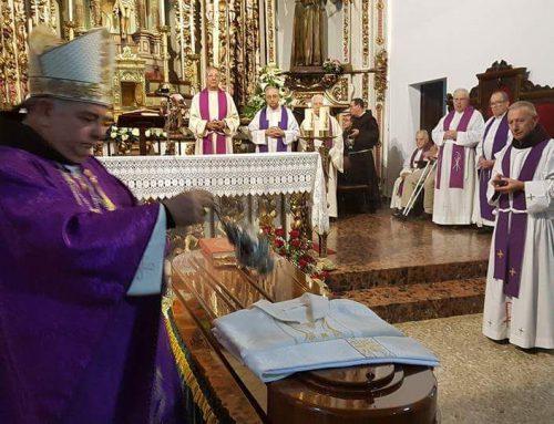 Celebración en la iglesia de San Francisco de Vigo del Funeral por eterno descanso del P. Magín López. Franciscano.